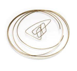Round tribal neck sculpture & ear sculpture in 18 carat Fairtrade gold by Ute Decker £10,500 (necklace) £1,800 (earring) (Week 2)