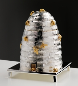 Silver and gilt – bee honey pot by Graham Stewart £12,000 (Week 1)