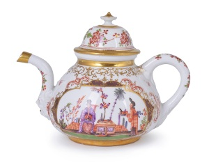 Meissen.  Chinoiserie teapot and cover, 1723- 1724.  Estimate:  £12,000 - £18,000