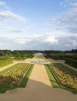 The great vista of the grand axis encompasses the full scope of the gardens, with the measured classicism of the central perspective flanked by secret follies on either side.