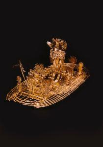 Gold Muisca boat Museo del Oro, Inv. M.O.11.373 Photograph: Juan Mayr/Museo del Oro