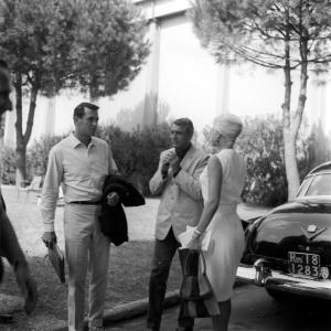 Marcello Geppetti (1933-1998) Rock Hudson and Cary Grant at Cinecittà, June 1961 MGMC & Solares Fondazione delle Arti