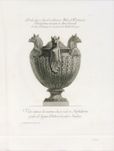 Antique Vase with Three Griffin Heads - Engraving © Diverse Maniere