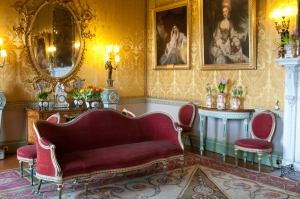 Sevres Exhibition 2014, Yellow Drawing Room  ( © Jonathan Turner and Harewood House Trust)