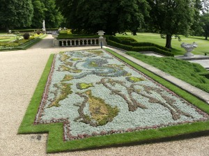 Carpet Bedding, South Front, ©National Trust, Waddesdon Manor.