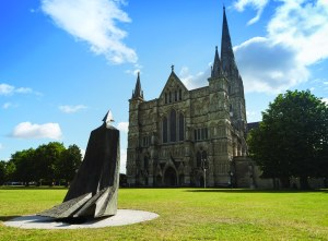Cloaked Figure IX (from behind) Lynn Chadwick Salisbury Cathedral  Close  - photo by Ash Mills