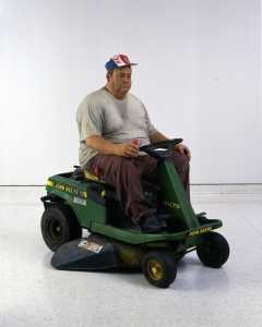 Man on a Mower, 1995 Bronze, polychromed in oil, with mower – Lifesize © Estate of Duane Hanson / Licensed by DACS, London, UK