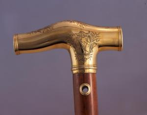 Copy of gold headed cane, handle detail with arms, right hand side © The Royal College of Physicians, London