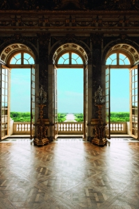 The Grand Perspective viewed from the central window of the Hall of Mirrors. p.43:  © Francis Hammond