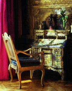 This superlative André-Charles Boulle secretaire in the Salon des Muses, decorated by Le Sueur, is one of only three known examples; one used to be at Knole House, childhood home of Vita Sackville-West, and the other is now in Buckingham Palace. © Christina Vervitsioti-Missoffe