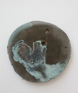 Wanda Wieser,  Untitled (Testpiece), 2014,  ciment fondu, copper powder (c) the artist