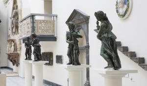 Wolsey Angels on display at the V&A Benedetto da Rovezzano 2014 (C) Victoria and Albert Museum, London