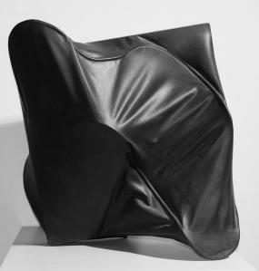Agostino Bonalumi,  Grigio, 1996,  acrylic on shaped canvas, 60 x 58 x 46 cm,  Courtesy Archivio Bonalumi and Mazzoleni London