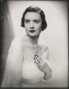 Mary Crewe-Milnes before her marriage to the Duke of Roxburghe, age 19, wearing the Cartier diamond ring (Lot 662) which sold for  £167,000 (est. £8,000-12,000)