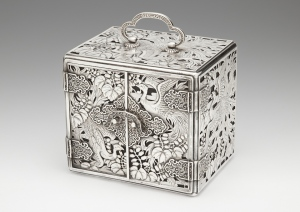 Japanese silver kodansu decorated with ho-o birds among paulownia trees,  signed Ginsei Hattori, Meiji Period.  The mythical phoenix in Japan is a symbol of justice and fidelity. Laura Bordignon