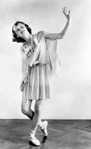 Dance recital photograph by Manon van Suchtelen, 1942 Copyright: Reserved