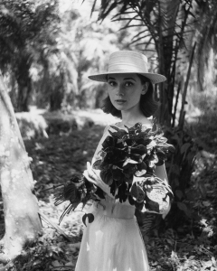 Audrey Hepburn on location in Africa for The Nuns Story by Leo Fuchs, 1958 Copyright: Leo Fuchs