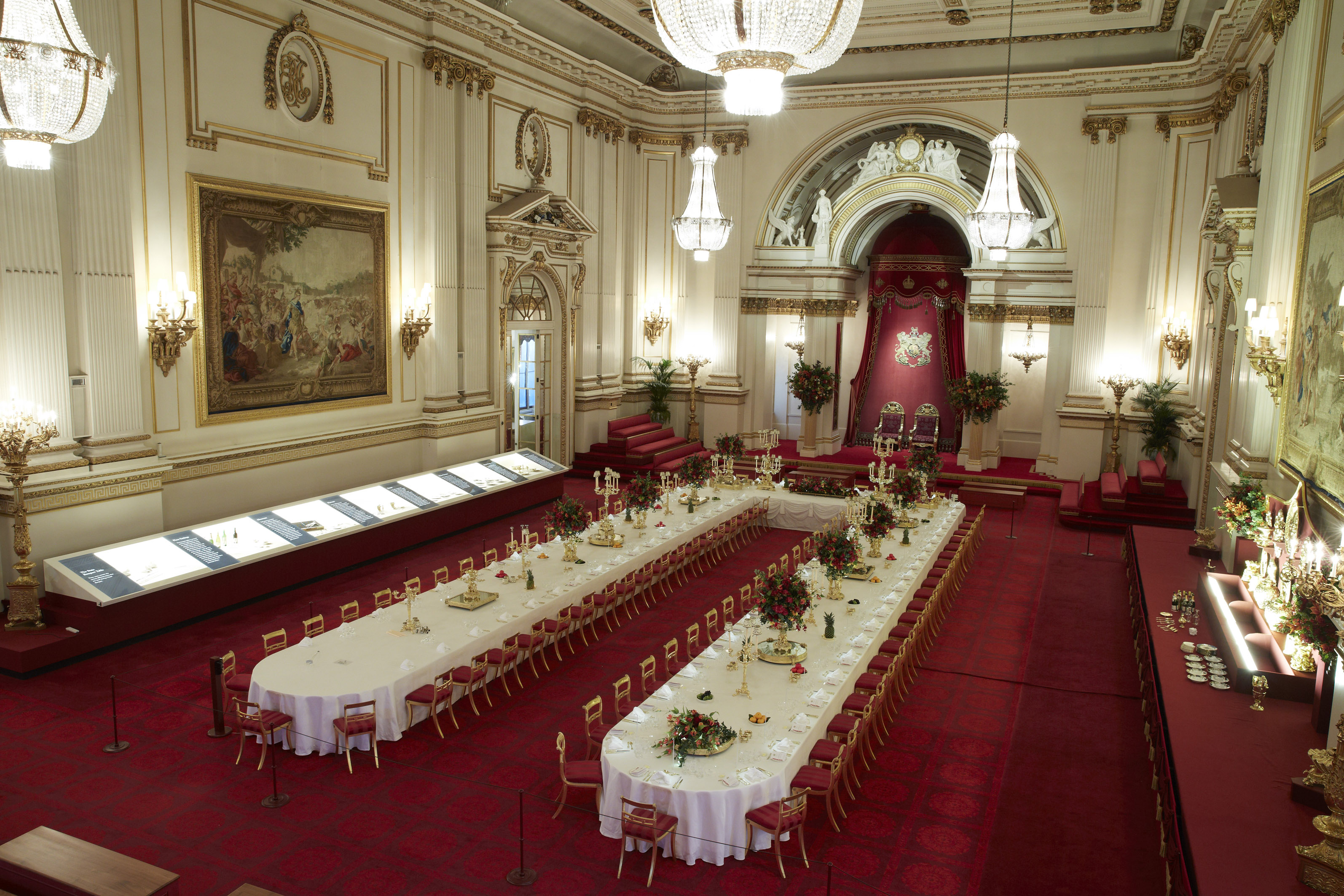inside buckingham palace documentary - HD3189×2126