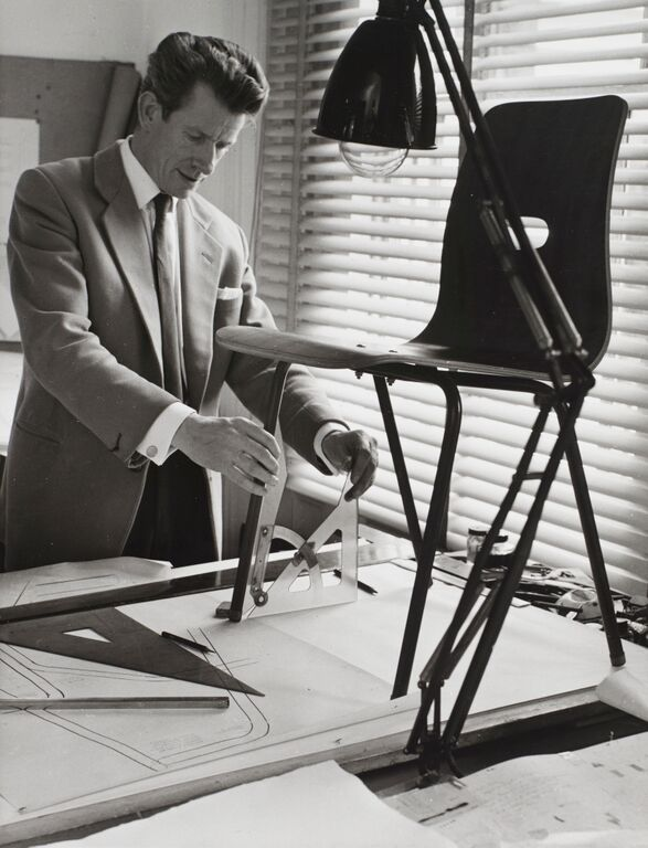Robin Day working on the Q-stak Chair (1953) Robin Day designed this one-piece moulded plywood chair with economy in mind. Credit: The Robin and Lucienne Day Foundation