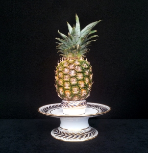 "Rare Spode porcelain blue gilt decorated pineapple stand, 4½"" high x 9½"" diameter, c1815, Carolyn Stoddart-Scott"