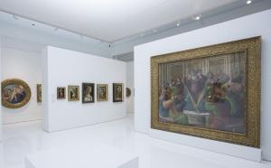 Installation view of Botticelli Reimagined (c) Victoria and Albert Museum, London