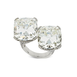Hancocks The world's largest cushion cut diamond crossover ring 2016 Courtesy Hancocks