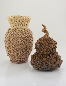 Waddesdon Passementerie Vase, 2016 and Waddesdon Passementerie Knotted Gourd, 2016 © Kate Malone. Courtesy of Adrian Sassoon, London, photo Sylvain Deleu
