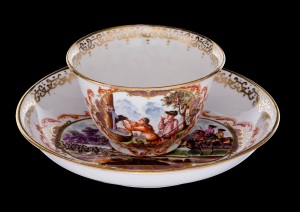 Cup and saucer Meissen, J. G. Höroldt (painter) Germany, c. 1722-3