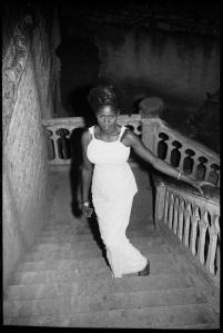 Nuit du 31 Décembre, 1969 (c) Malick Sidibé. Courtesy Galerie MAGNIN-A, Paris