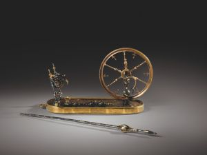 A tortoiseshell, mother of pearl and gold piqué spinning wheel and distaff with gilt-bronze mounts, probably Naples, mid 18th century Estimate: 40.000 – 60.000 € Photo credit: Sotheby's / Art digital studio